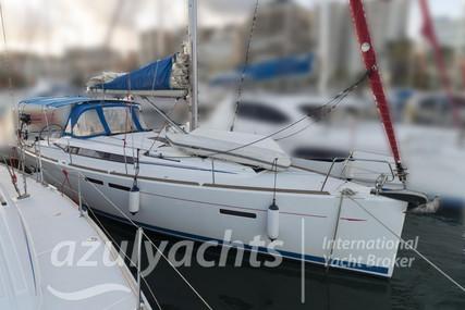 Jeanneau Sun Odyssey 409 for sale in Spain for €85,000 (£75,591)