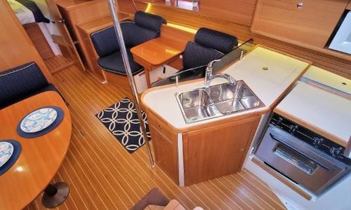 Image of Catalina 385 for sale in United States of America for $225,000 (£162,627) St. Petersburg, Florida, United States of America