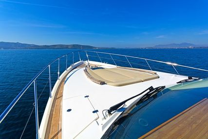 Sealine T60 for charter in Greece from €12,500 / week