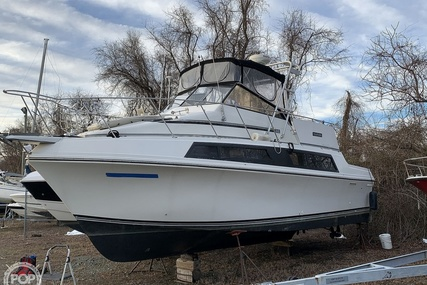 Carver Yachts 3297 Mariner for sale in United States of America for $35,000 (£25,208)