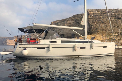 Bavaria Yachts 37 Cruiser for sale in Portugal for €135,000 (£119,489)