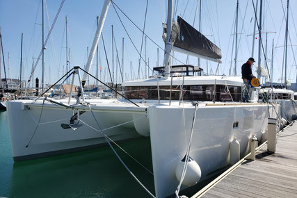 Lagoon 450 S for sale in Portugal for €499,000 (£441,667)