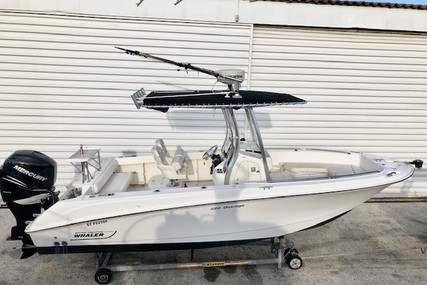 Boston Whaler Outrage 220 for sale in France for €53,000 (£47,211)