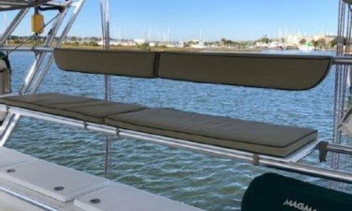 Image of Manta 42 for sale in Bahamas for €279,900 (£242,499) Bahamas