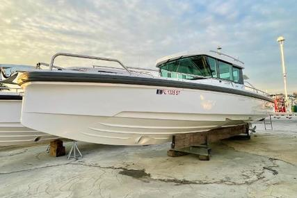 Axopar 28 CABIN for sale in United States of America for $155,000 (£113,902)