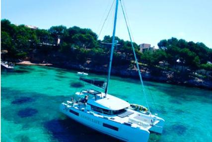 Lagoon 40 for sale in Spain for €335,000 (£289,712)