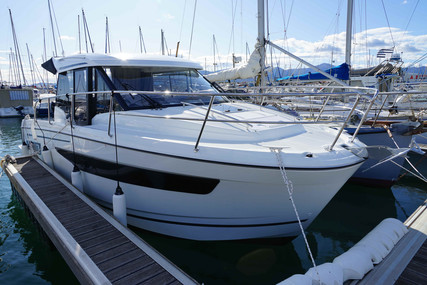Jeanneau Merry Fisher 895 for sale in France for €114,900 (£99,367)