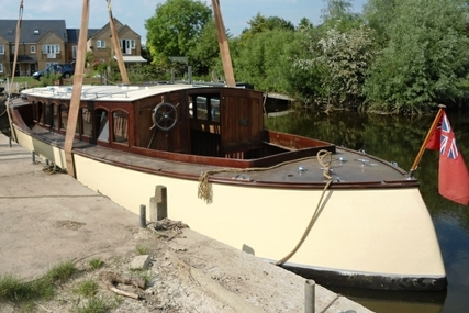 48ft ERNEST COLLINS BROADS CRUISER for sale in United Kingdom for £19,500