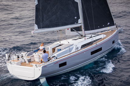 Beneteau Oceanis 461 for sale in France for €410,000 (£362,893)