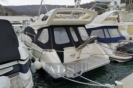Azimut Yachts 43 for sale in Croatia for €238,000 (£206,198)