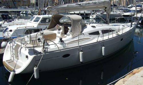 Image of Elan Impression 434 for sale in Malta for €139,000 (£119,854) Malta