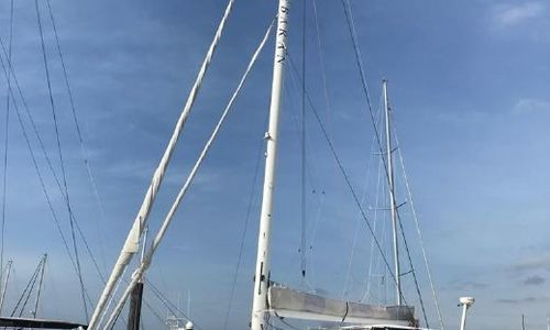 Image of Lagoon 570 for sale in Panama for €388,853 (£330,812) Panama