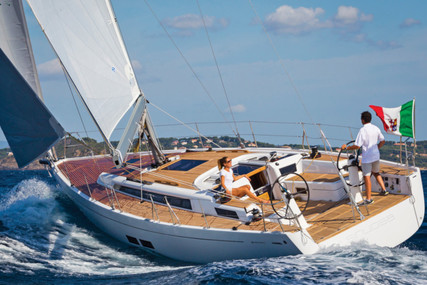 Grand Soleil 43 for charter in Italy from €2,900 / week