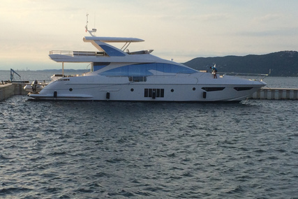 Azimut Yachts 80 for charter in Thailand from €80,000 / week