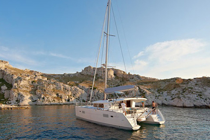 Lagoon 400 S2 for charter in Spain from €3,900 / week
