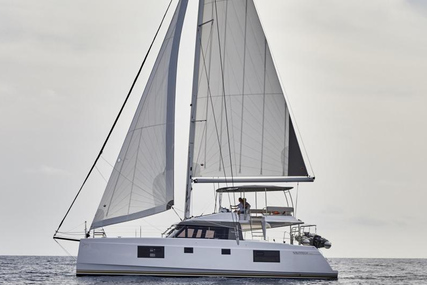 Catamarans Nautitech 46 Fly for charter in Italy from €4,900 / week