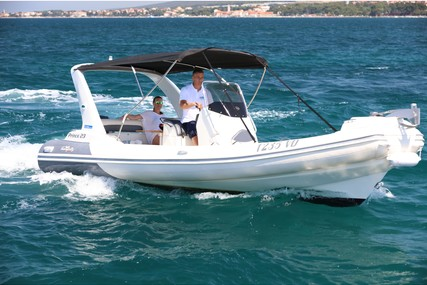 Nuova Jolly Prince 23 for charter in Croatia from €900 / week