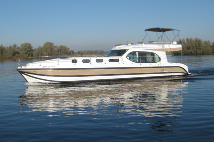 Custom Estivale Octo Fly for charter in Netherlands from €2,699 / week
