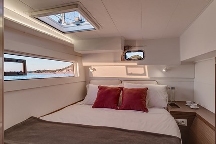 Lagoon 40 for charter in French Riviera from €1,755 / week
