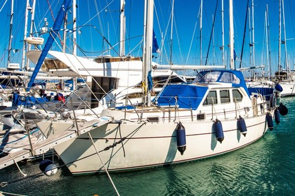 Cromarty 36 for sale in Greece for €78,500 (£67,573)