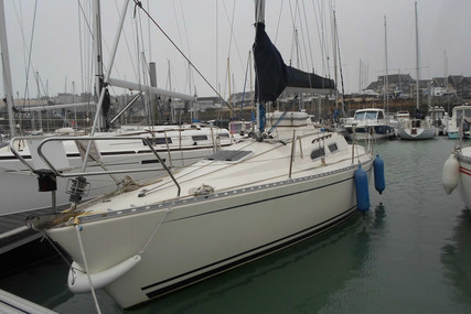 Hanse HANSE 300 for sale in France for €26,000 (£22,477)