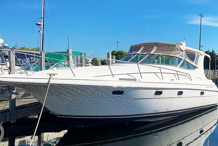 Cruisers Yachts 3375 Esprit for sale in United States of America for $38,900 (£27,850)