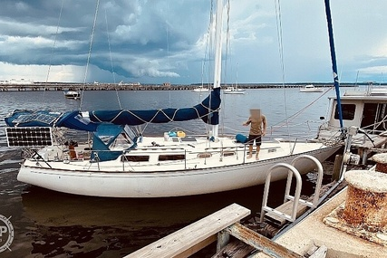 Sabre Yachts 38 for sale in United States of America for $54,900 (£38,965)
