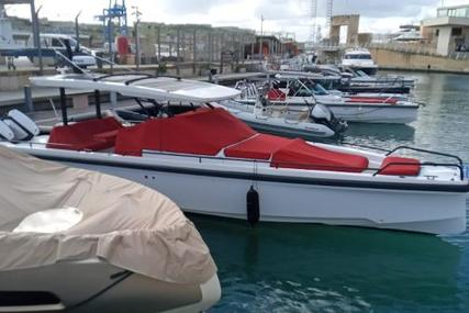 Axopar 37 Sun Top for sale in Malta for €199,900 (£171,978)