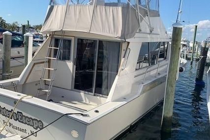 Silverton 40 Convertible for sale in United States of America for $37,500 (£27,355)