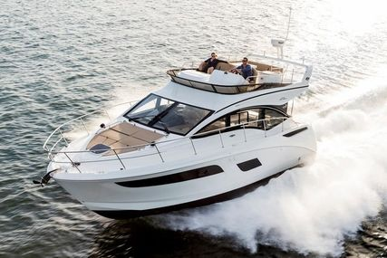 Sea Ray Fly 400 for sale in United States of America for $624,500 (£451,382)