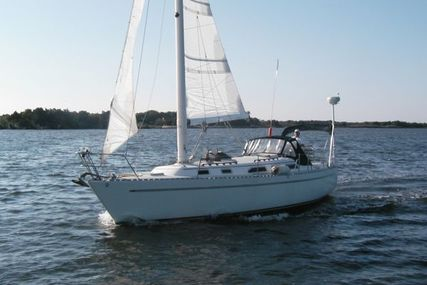 Freedom 36 Modern Cat Sloop for sale in United States of America for $79,900 (£58,294)