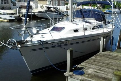 Catalina 350 for sale in United States of America for $88,900 (£64,836)