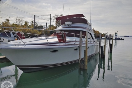 Trojan 11 meter international convertible for sale in United States of America for $45,000 (£32,525)