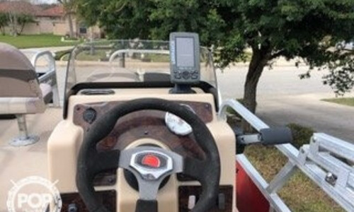 Image of Sun Tracker Bass Buggy 16 DLX for sale in United States of America for $18,995 (£13,729) Rio Hondo, Texas, United States of America