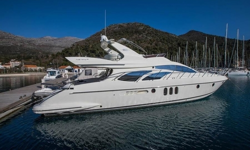 Image of Azimut Yachts 62 for sale in Italy for €480,000 (£417,322) Montemarcello, Montemarcello, Italy