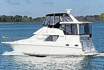 Silverton 372 for sale in United States of America for $91,700 (£66,956)