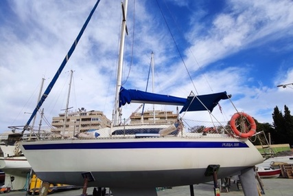 Furia 26 for sale in Spain for €9,950 (£8,565)