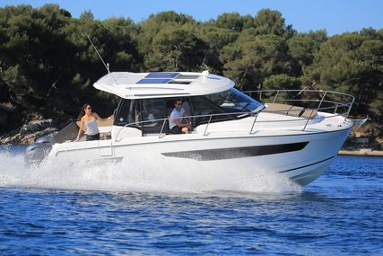 Jeanneau Merry Fisher 895 for sale in United Kingdom for £150,000