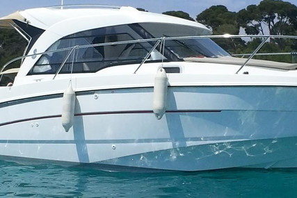Beneteau Antares 8 OB for sale in France for €56,000 (£48,307)