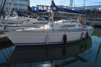 Jeanneau Sun Odyssey 30 for sale in Portugal for €29,500 (£25,503)