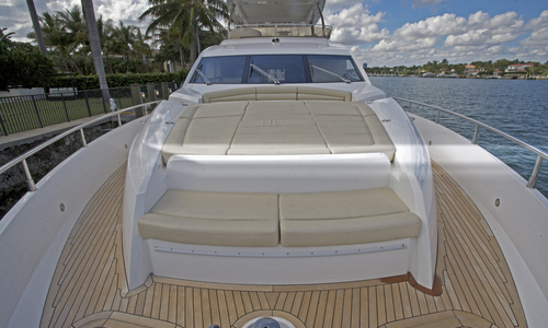 Image of Sunseeker Manhattan 73 for sale in United States of America for $2,199,999 (£1,584,500) Newport, Rhode Island, United States of America