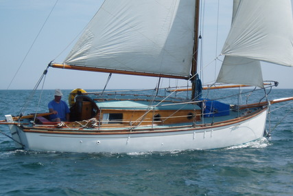 Custom 5 Ton Hillyard Sloop for sale in United Kingdom for £7,000