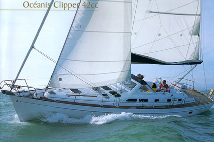 Beneteau Oceanis 42 CC for sale in France for €115,000 (£99,634)