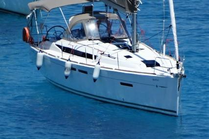 Jeanneau Sun Odyssey 409 for sale in Greece for €124,000 (£106,915)