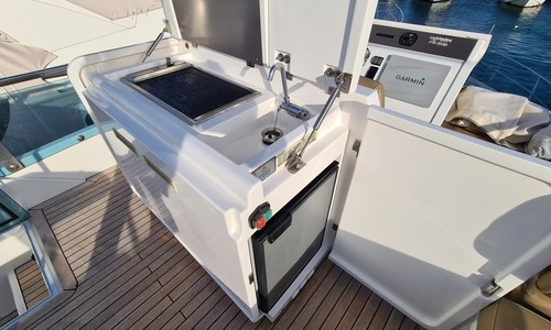 Image of Fairline Squadron 42 for sale in France for €379,000 (£326,280) HYERES, France