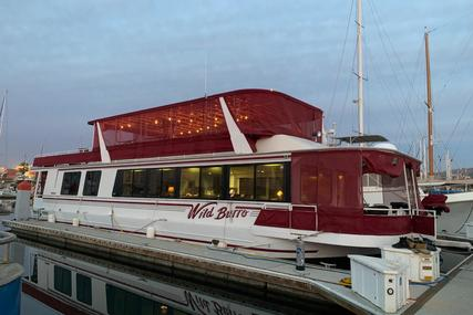 Skipperliner Houseboat for sale in Mexico for $275,000 (£197,435)