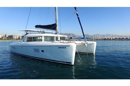 Lagoon 420 for charter in Greece from €2,800 / week