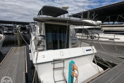Carver Yachts 330 Mariner for sale in United States of America for $34,950 (£25,261)