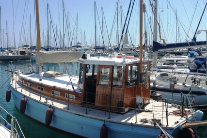 40ft. CORNISH MOTOR SAILER for sale in Italy for £45,000