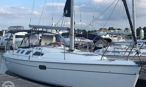 Image of Hunter 386 for sale in United States of America for $89,000 (£63,116) Chestertown, Maryland, United States of America